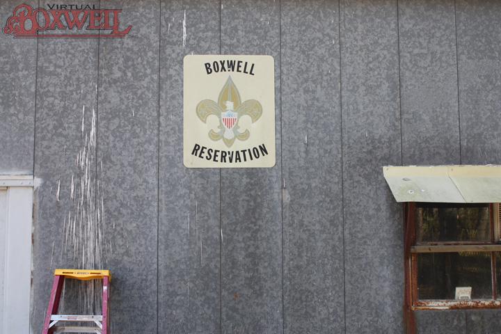 Boxwell Insignia